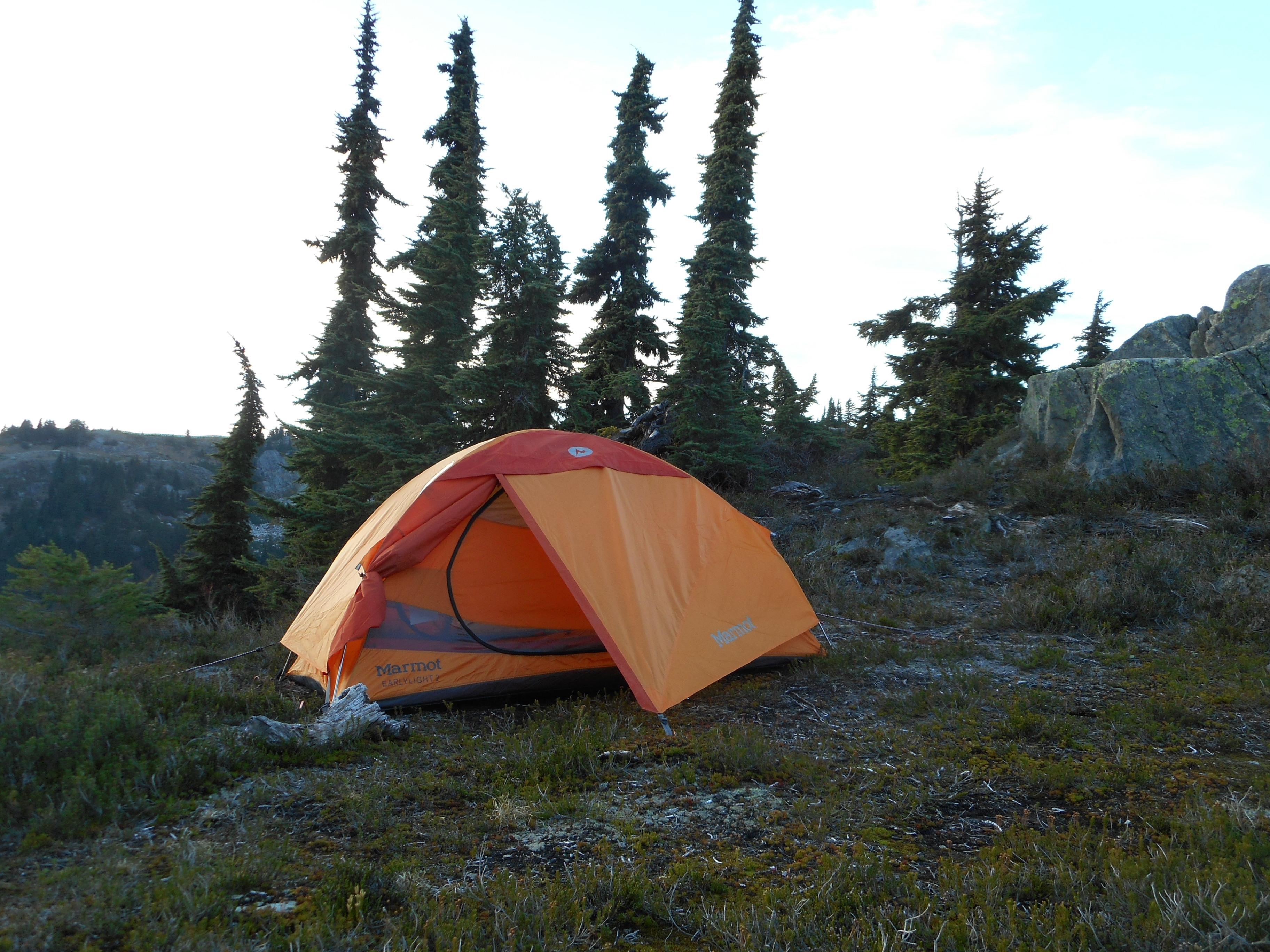 Campen in den Wolken-Bilder